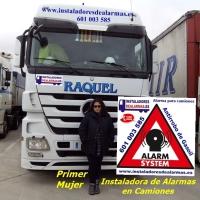 primer mujer instaladora de alarmas para camiones